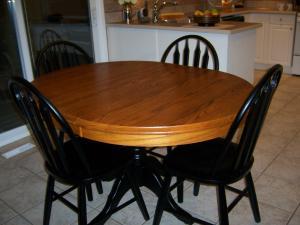 Whitby Oak Table Refinishing